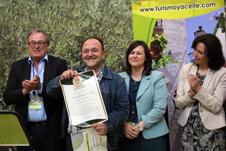 """Fermín Rodríguez premio """"Savantes"""""""