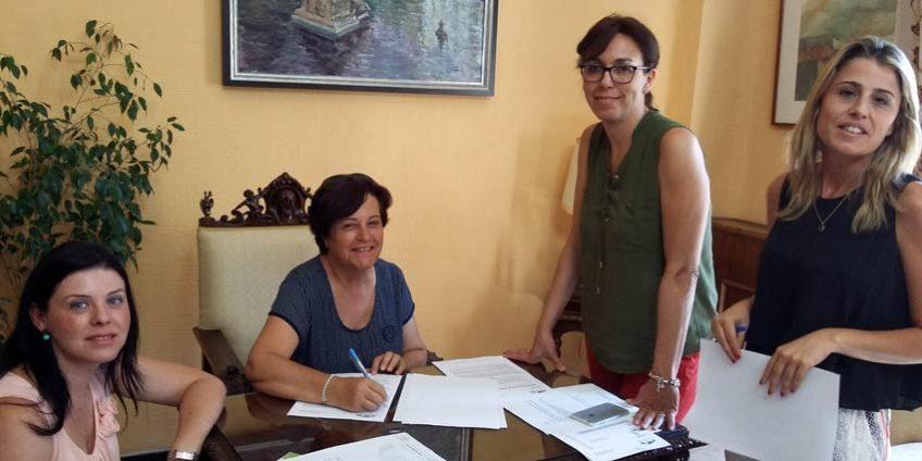 Firma Convenios Albasur y Feras